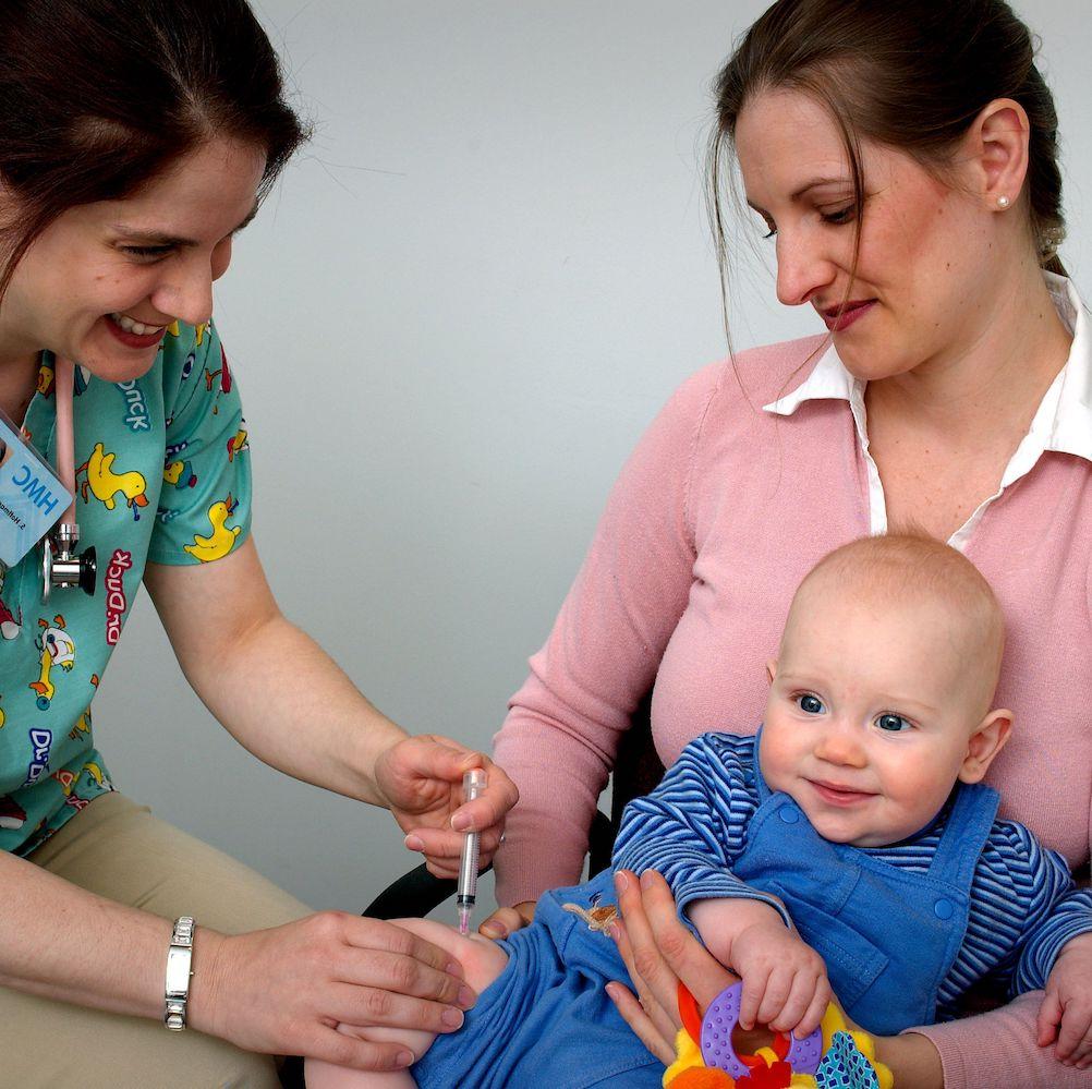 En las noticias: ¿Deberían las vacunas ser inmunes a la política?