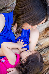 좋은 시작 8 : 새 엄마를위한 모유 수유 성공