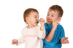 全国儿童牙科健康月:氟化物和婴儿会混合吗?