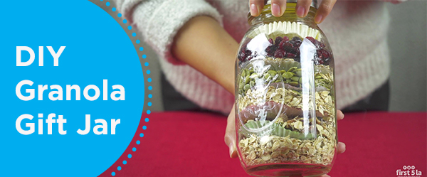 DIY Holiday Presents to Make with Kids: Granola Gift Jar