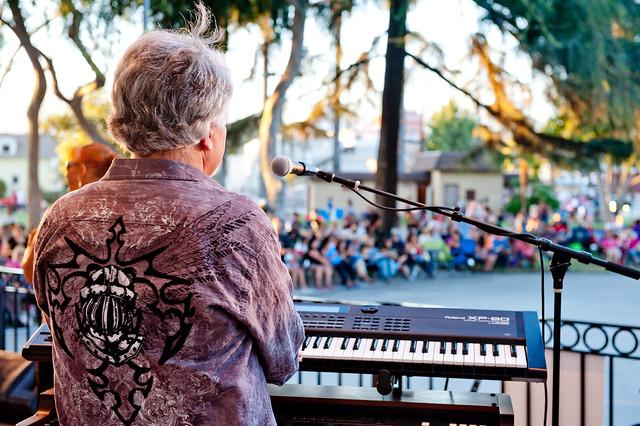 Una sa 5 LA na Mga Sponsor ng Family-Friendly Summer Concert Series sa Levitt Pavilion